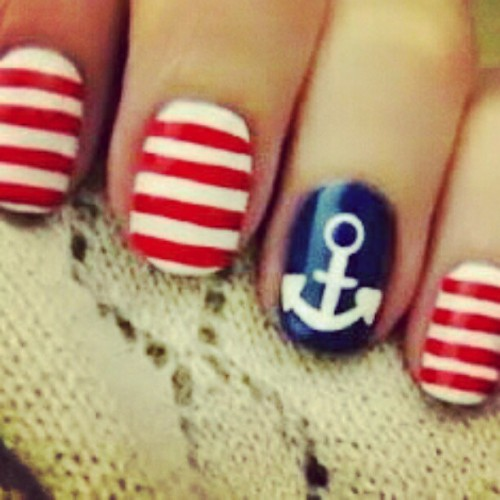 #anchor #girl #nautical #nails #fingers #hand #skin #blue #white #red #stripes #pretty #polish #nailpolish (Taken with Instagram)