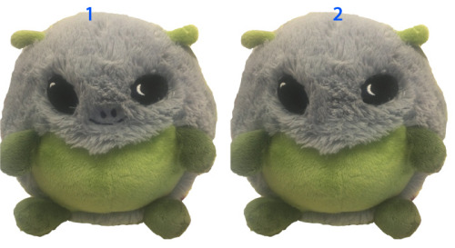 So yeah, we need your help, Squishy fans! Which Alien do you like better, the one with a nose and smile or without? We're stuck and think they're both pretty adorable, let us know the one you prefer!! :)
