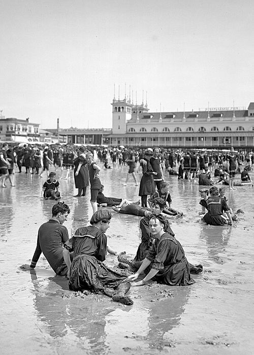 librar-y:  The Jersey Shore circa 1905. Atlantic City, on the beach.