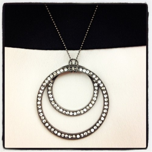 Accesorios cool de verano! Collar de @michellebrea  (Taken with Instagram)