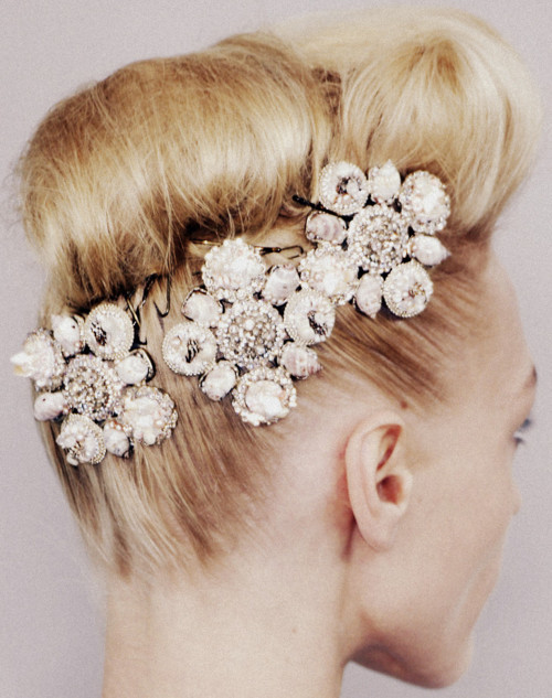 Fierce hair baubles
