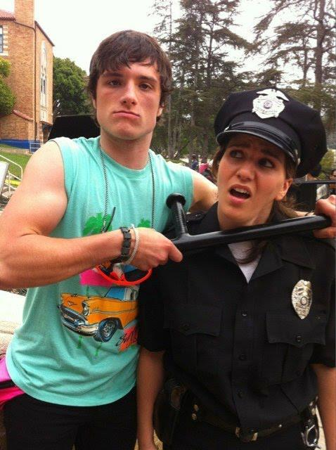 jhutchandme:  hutch3rsex:  joshhutchersonfunfacts:  holy crap his arms.  ARMS.  Damn.