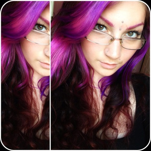 💜 #hi#rain#nofilter#picstitch#girl#chic#piercings#pink#pinkhair#purple#purplehair#bindi#nosering#monroe#verticalbridge#eyeliner#makeup#eyebrows#eyes#hazeleyes#glasses#chanel#picoftheday#photooftheday#instadaily#instagood#igdaily#ig#iggirl#insta#instagram#bam#pow#bazinga (Taken with Instagram)