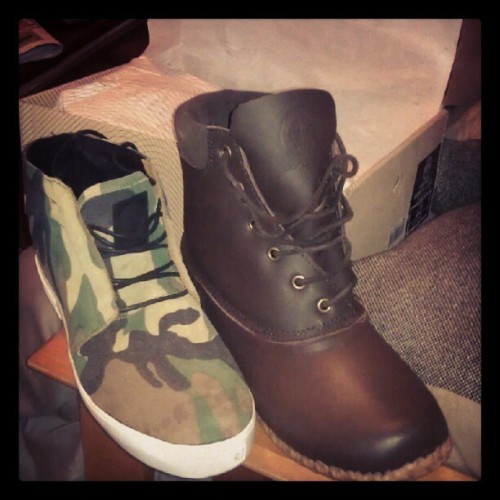 Out the box #gourmet #OGsneakerhead #kicks #getsomestyle #camo #duckbootwithatwist (Taken with Instagram)
