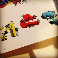 #stickerbomb #sticker #letters #sean2 #loveletters (Pris avec Instagram)