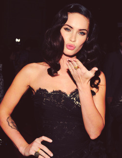 nataliegeoo:  Megan Fox-yes please.