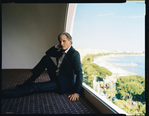 gasstation:  Viggo Mortensen: Glamour Séquences - Madame Figaro photographed by Benoit Peverelli, June 9th 2012
