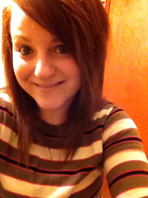 yay for yellow light and striped sweaters (: