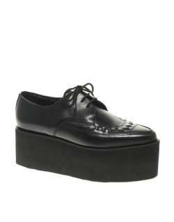 Underground Black Leather Triple Sole CreepersMore photos & another fashion brands: bit.ly/JhdPoz