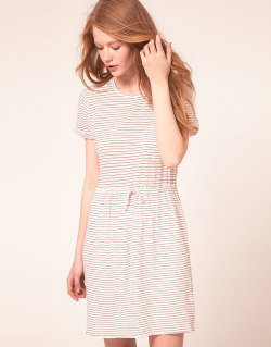 Le Mont St Michel T-Shirt Dress In Stripe JerseyMore photos & another fashion brands: bit.ly/JhIqT0