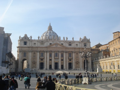 my old desktop background. st. peter's was, in all senses of the word, awesome. tha shiz if you will.