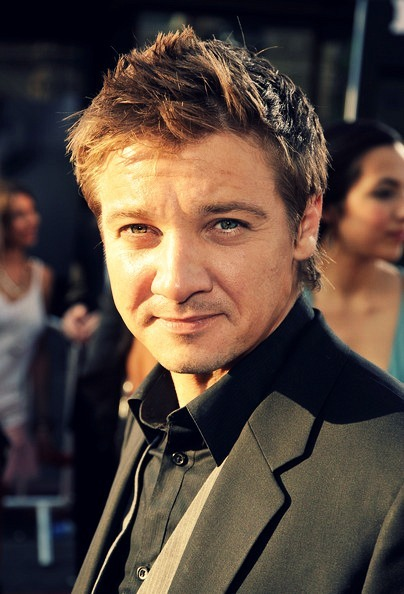 oneavengers:  Flawless Pictures of Jeremy Renner: 12/100