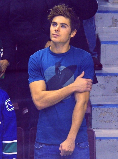 suure:  hi zac  It should be illegal to be this attractive.