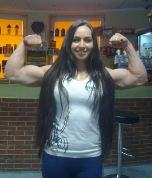 edartist:  Armwrestling world champion Snezhana Babaieva!