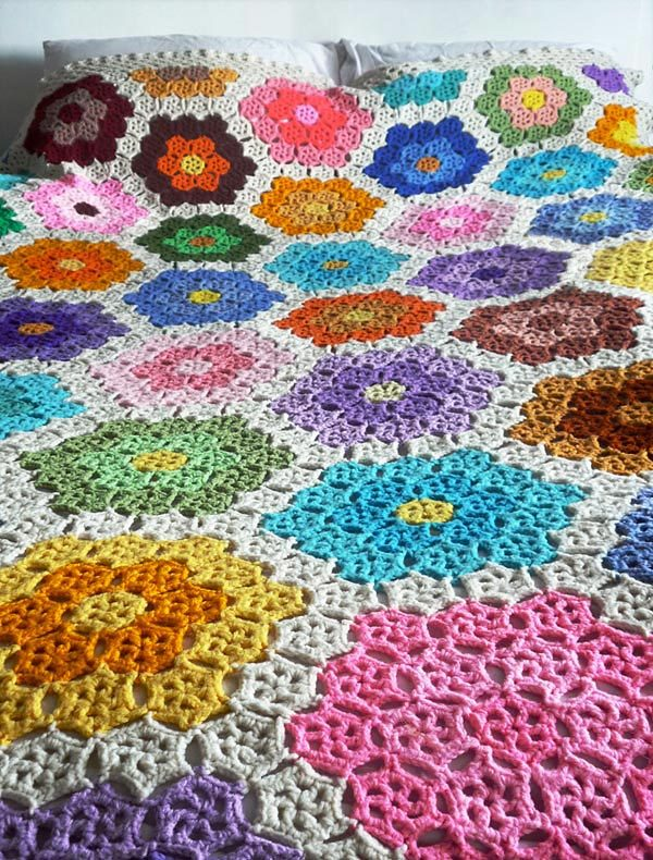 Fantastic and colourful crocheted afghan found via The Curious Eye.  And you can find the pattern for the magnificent afghan here!