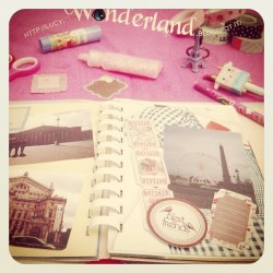 http://lucy-wonderland.blogspot.it/2012/06/shop-online.html #tape #decotape #kawaii #eiffel #paris #smashbook #smash #journal #washi #scrapbook  (Scattata con Instagram)