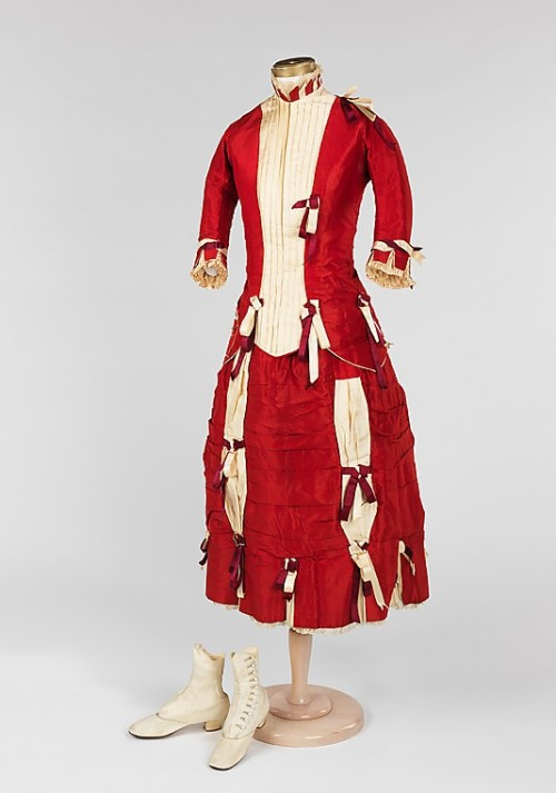 Girl's Ensemble 1878 The Metropolitan Museum of Art