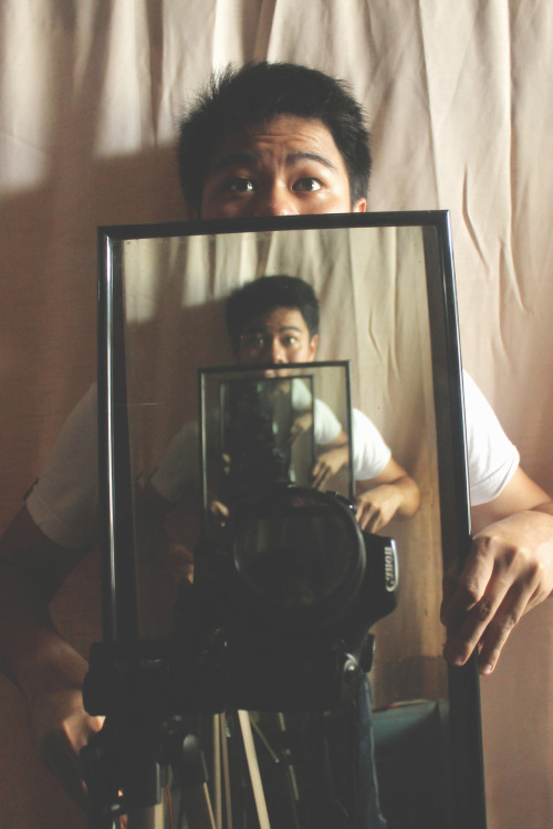 fuckyeahphotography:  Infinite ReflectionsSelf Portrait  http://pinoyshuttr.tumblr.com