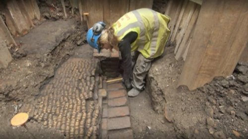 "infoneer-pulse:  Shakespeare's Curtain Theatre remains found  Archaeologists have discovered the remains of an Elizabethan theatre where some of William Shakespeare's plays were first performed. The remains of the Curtain Theatre, which opened in 1577, were found behind a pub in Shoreditch, east London, as part of regeneration works. The venue was immortalised as ""this wooden O"" in the prologue to Henry V. It is hoped the site could be opened to the public, with plays staged there in the future.  » via BBC  just thought some of my fellow theatre lovers would appreciate this"