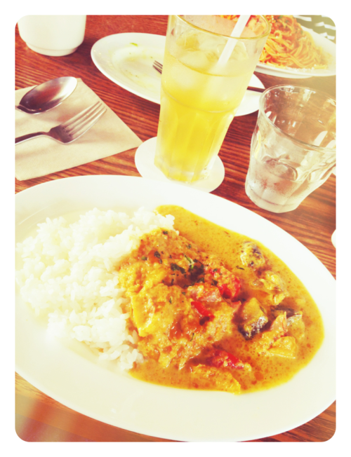 today lunch♡  green curry @ mother kurkku