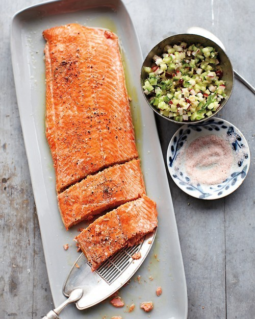 squaremeal:  (via summer menu / grilled salmon)