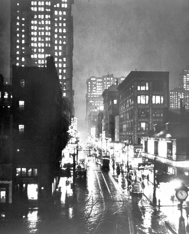 """Corner of Liberty and Fifth Avenues 10:55 AM"" 1940 When Pittsburgh realized it had a pollution problem. All images courtesy: Smoke Control Lantern Slide Collection, ca. 1940-1950, AIS.1978.22, Archives Service Center, University of Pittsburgh."