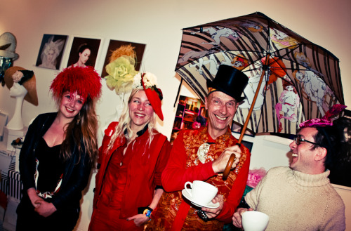 alundavies:  Tea with Andrew Logan and  Zandra Rhodes Photos by: Leo Martinez