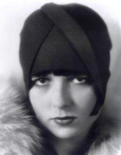 aclockwithouthands:  Louise Brooks headgear