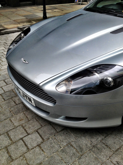 Back in the UK, and it's time to celebrate GREAT curves  Aston Martin DB9
