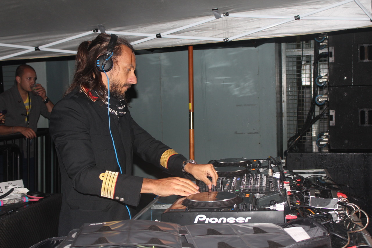 Notre album photo du passage de Bob Sinclar @ Terrasses Bonsecours