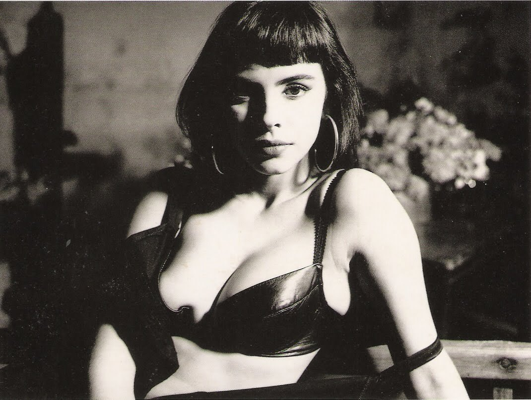 Mathilda May, por Bettina Rheims, 1987
