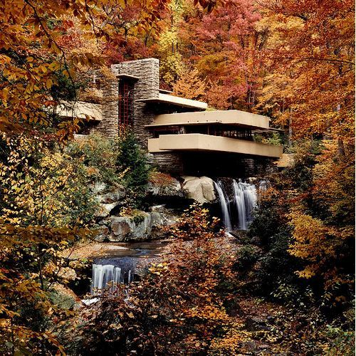 (vía Happy 145th Birthday Frank Lloyd Wright | ArchDaily)