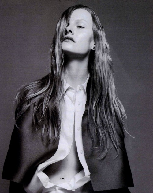 mateomondragon:  Kamila Filipcikova by David Sims, W May 2010