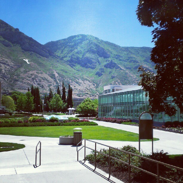 #BYU is so pretty. #Ilovemyschool #provo  (Taken with Instagram)