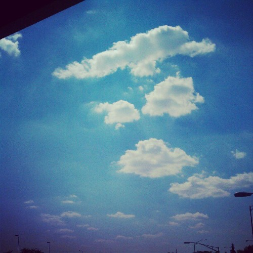 Didn't go out yesterday, so making up for yesterday's #junephotoaday #sky  (Taken with Instagram)