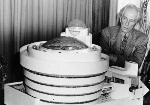 Happy Birthday, Frank Lloyd Wright!