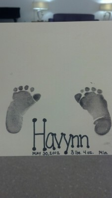 "My first baby was born May 30, 2012 @ 5:10 p.m.  She was 3lb4oz and 14"" long. Her name is Havynn Jayne Bradshaw and I love her so much. Her cute little feeties are so little see :)"