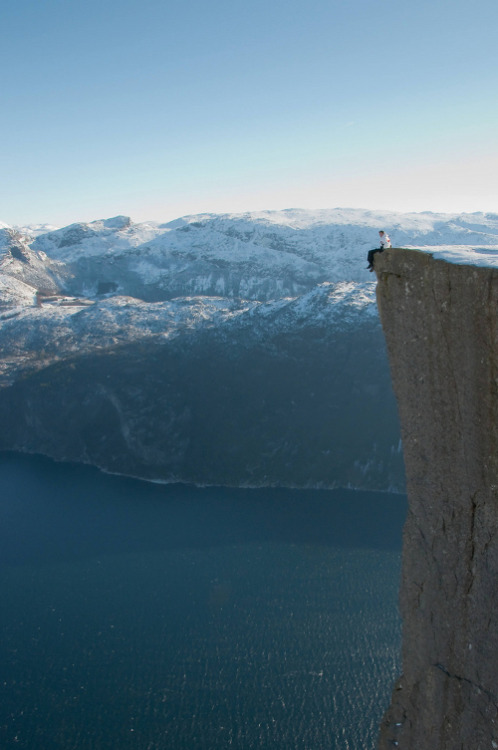 metrodorus:  Mike on the edge of Pulpit Rock
