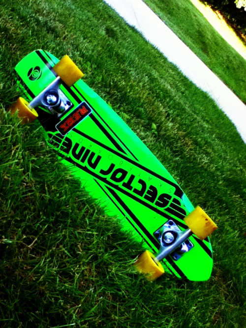 Just got my brand new sector 9 cruiser. This thing flies! Smooth ride and very fast, highly recommend this board!