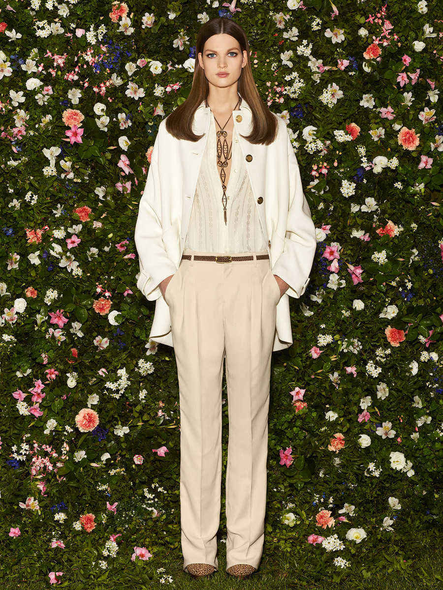 Gucci Resort 2013 Trajes estilizados, vestidos suntuosos y flores. ….. Gucci Resort 2013 Sleek suits, sumptuous dresses and flowers.