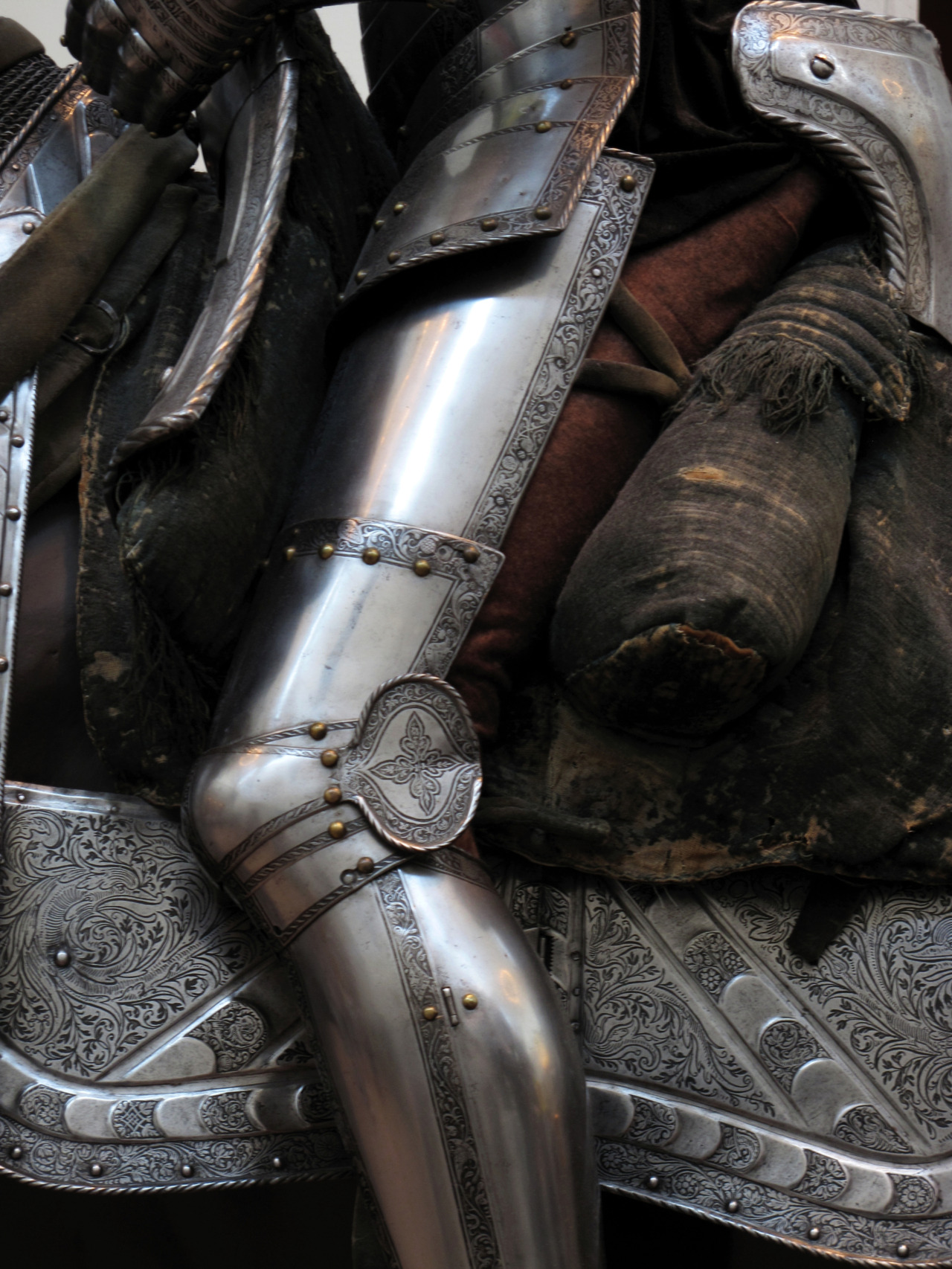 journeymancreativejournal:  Knight - Leg Armor Detail