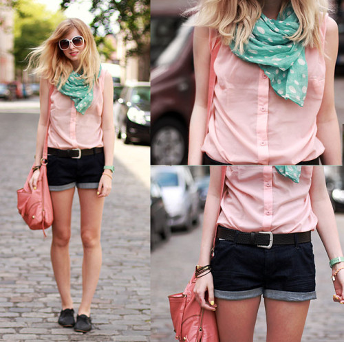 lookbookdotnu:  Candy colors (by Jana Spaceman)