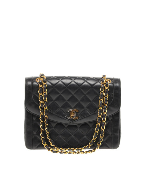 Vintage Chanel Classic BagMore photos & another fashion brands: bit.ly/JgPvD5