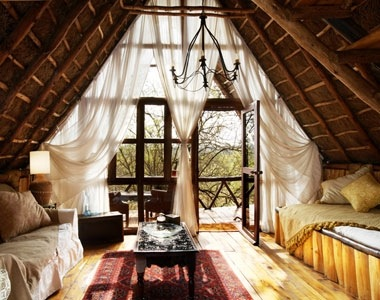 thepreppyyogini:  Just because this is in a treehouse does not mean it can't be elegant.