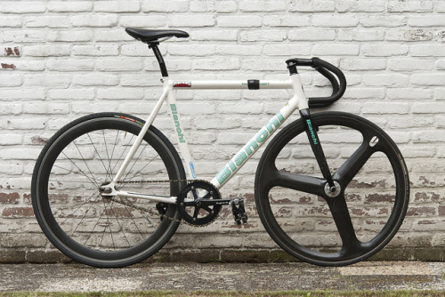 Bianchi Pista Concept 2009 by Chinkone on Flickr.