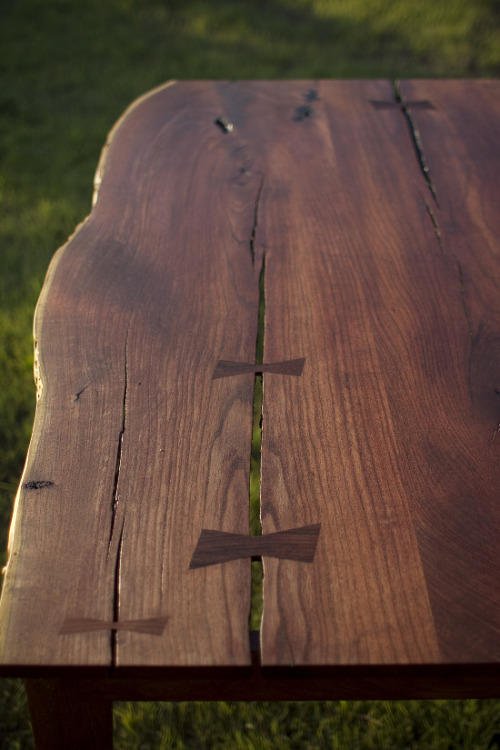 Mesquite TableTexas Mesquite / 48 (w) × 30 (h) × 36 (d) inches / 2012Danish Oil  photo by Ryan Smithwuhanyen.com