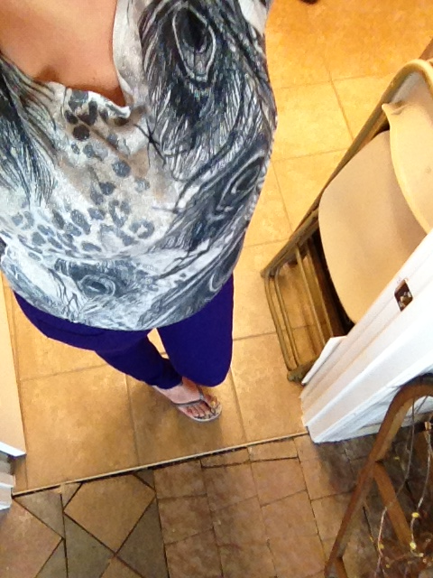 My Outfit :) Metallic Peacock Feather shirt, Purple Skinnys. Flip Flops.