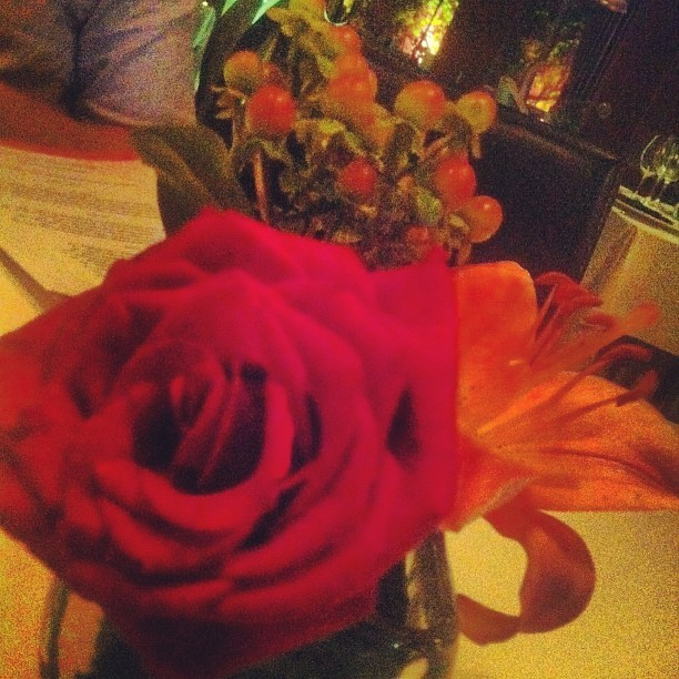 Taken with Instagram at Rosas + Xocolate