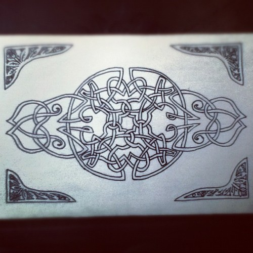 A drawing I did for a friend. #art #Celtic #knot #welsh #Irish #create #ink #draw (Taken with Instagram)