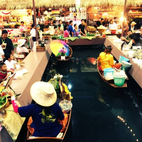 Enjoy the variety of Thai foods, handicrafts, products, along with special tour packages in this festival, Thailand Tourism Festival 2012 at Impact Muang Thong Thani.